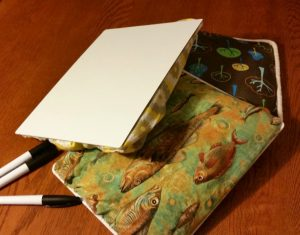 An easy tutorial for a DIY lap desk made with an inexpensive whiteboard.