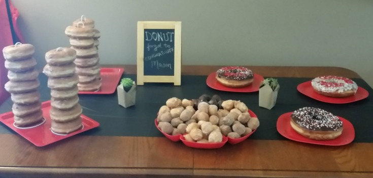 A donut bar is perfect for a graduation party!