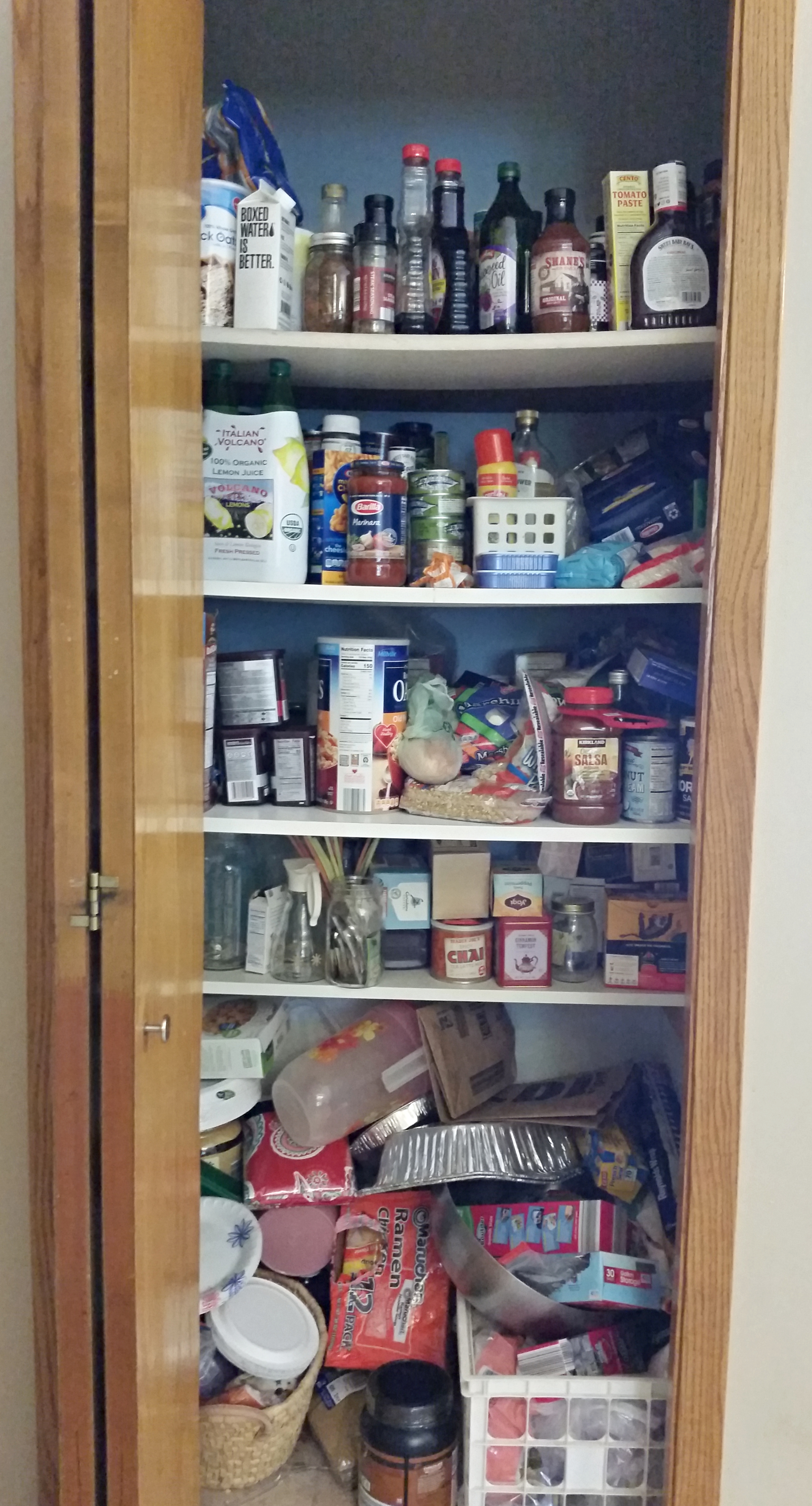 Organize your pantry in one day on the cheap
